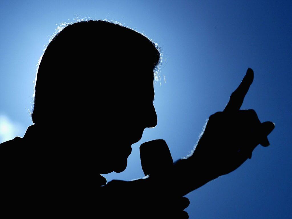 Public speaking on my fingertips (By Esha Paswan)